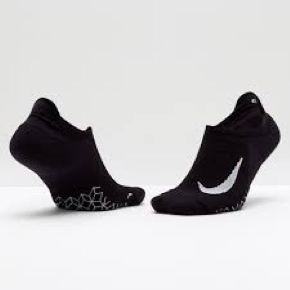 d81de8f3d Nike Elite Cushioned No-Show NWT